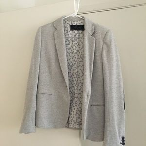 Soft grey structured knit blazer